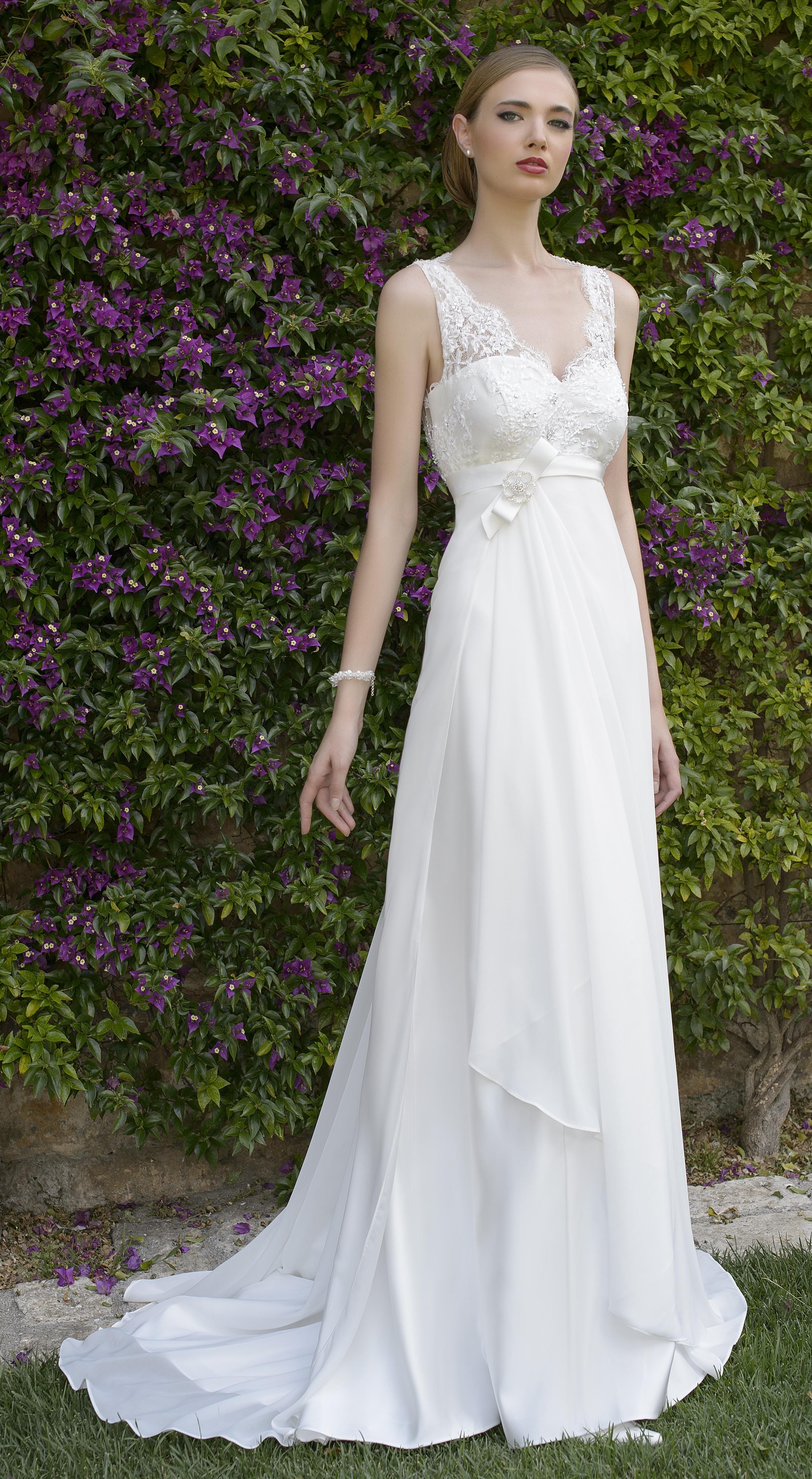 Vestiti Da Sposa Jesi.Abito Sposa Stile Impero Confezioni Carotti Jesi